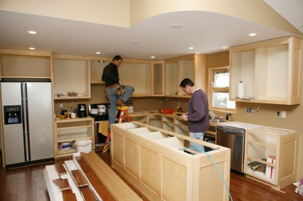 Remodeling your Kitchen by DIY Kitchen Renovations