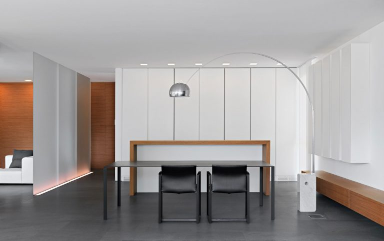 The Decor Solution to White Space in Interior Design