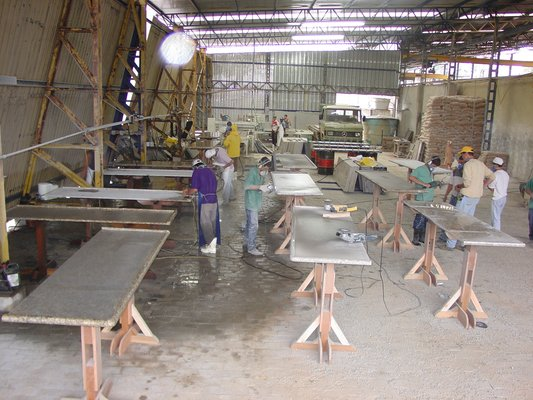 Reasons To Consider Granite Slabs In Your Building Projects