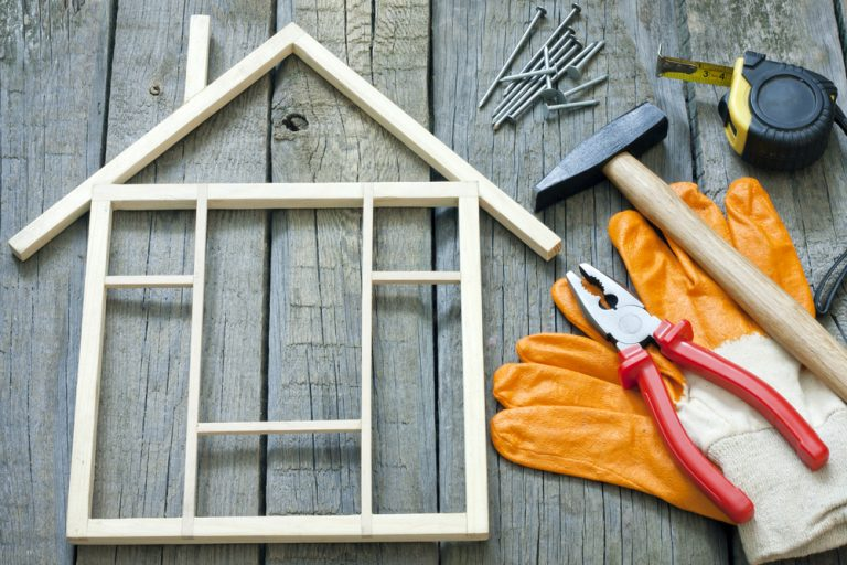 5 Signs Your Home Improvement Contractor Is Reliable