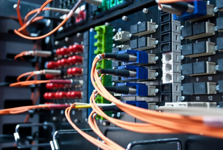 How Cooling Systems Affect The Efficiency Of Server Rooms?