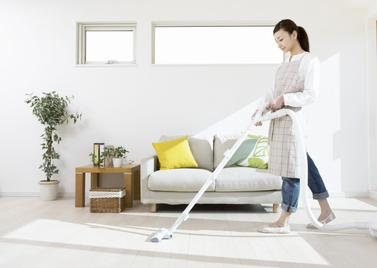 Hiring Professional Carpet Cleaners Is Better As Compared To Cleaning At Home