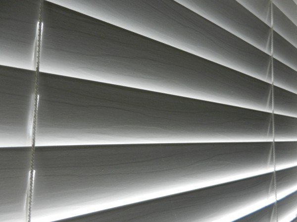 Electric Roller Blinds – The Epitome Of Intelligent Living At Home