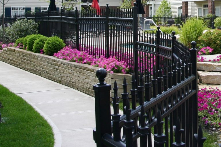 Fencing – How It Helps Increase Property Values