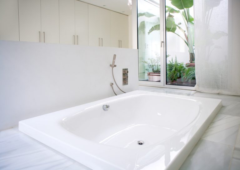 How to Add New Life to Your Old Bathroom