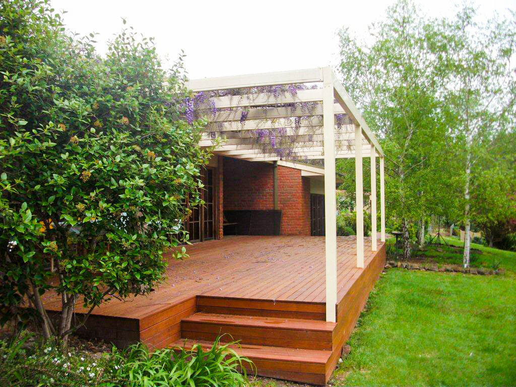 Get Interesting Steel Pergola Ideas Before You Choose One For Your Home