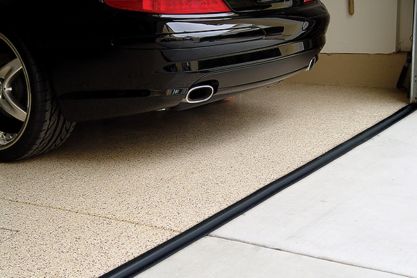 Keep Your Garage Door Sealant Prepared For This Winter