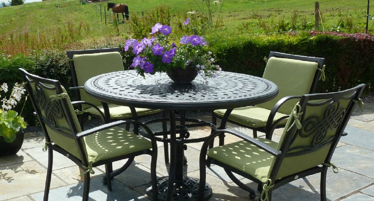 Garden Furniture – Enhance Your Garden's Natural Beauty
