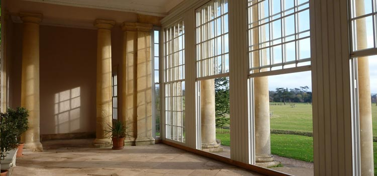 Sash Windows – Back With A Bang, But Why?
