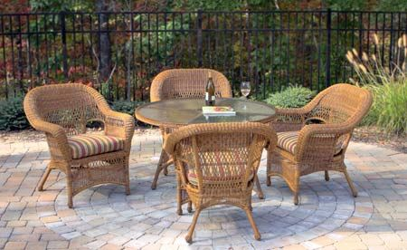 Choosing Furniture For Your Sunroom or Patio