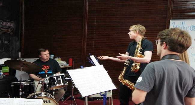 Top Tips For Finding An Extraordinary Saxophone Teacher