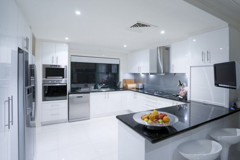 Choosing Some Of The Modern Kitchen Designs