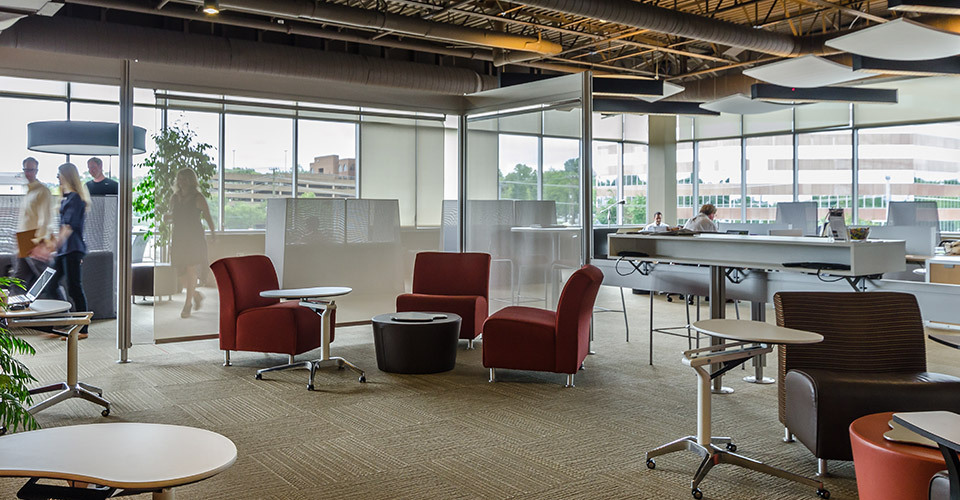 Pros and Cons Of A Shared Office Space You Should Know About