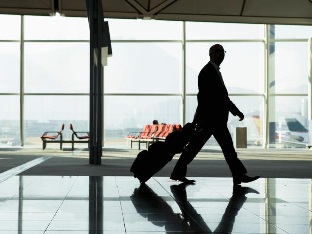 Stuck At The Airport? 5 Easy To Do Exercises During A Delay